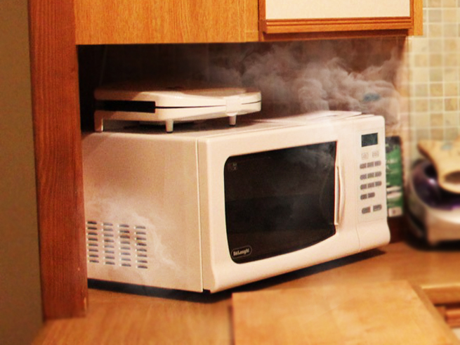 5 Common Microwave Oven Problems & their Fixes